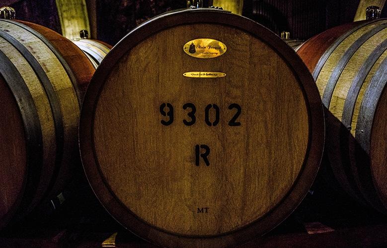 cubas de madera para envejecer del vino