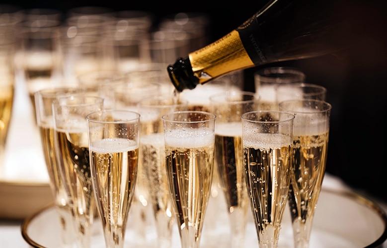 vino blanco espumoso champagne